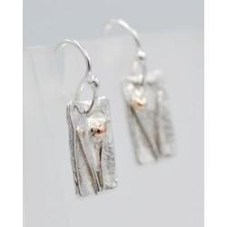 Sedges short drop earrings
