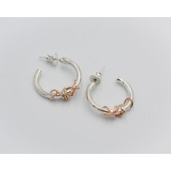 Ivy Twist hoop earrings