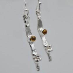 Pebbles medium drop earrings