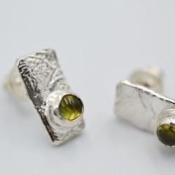 Rectangular gemstone studs