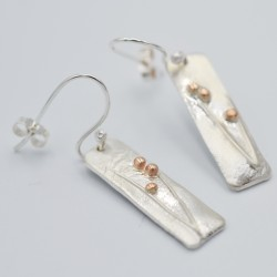 Sedges drop earrings