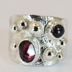 Rockpool gemstone ring