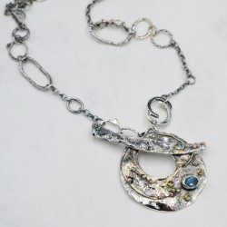 OysterMantle necklace