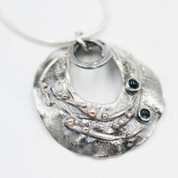 OysterMantle pendant