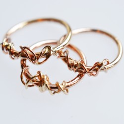 9ct Ivy Twist rings